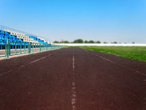 Третбан на старом футбольном стадионе стоковая фотография
