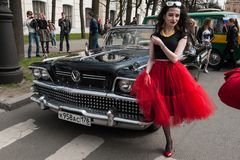 Третий парад Санкт-Петербурга ретро автомобилей на профи Nevsky стоковое изображение rf