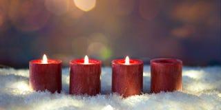 Третье пришествие 3 свечи гореть стоковые фотографии rf