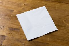 Тройник или кольца кофейной чашки изолированные на белой предпосылке стоковые изображения