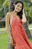 Тропическая женщина стоковая фотография
