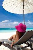 Тропическая каникула, белый пляж стоковое изображение