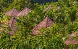 Тропическая крыша виллы Стоковая Фотография