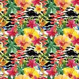 Тропические цветки и листья акварели на животной печати бесплатная иллюстрация