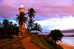 Тропический заход солнца в Галле, Шри-Ланка стоковое фото