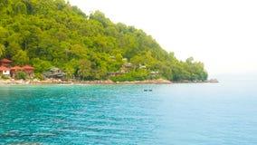 Тропический остров с мглистым влиянием sunflare Стоковые Фото