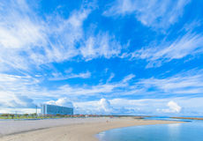 Тропический пляж и голубое небо Окинавы Стоковое Изображение RF