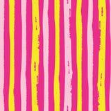 Тропический painterly свет - пинк и желтые вертикальные нашивки grunge Безшовная картина вектора на горячей розовой предпосылке r иллюстрация штока