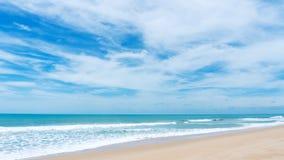 Тропический seascape andaman сценарный с пляжа Пхукета patong thailan Стоковая Фотография RF