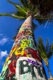 Тропическое дерево надписи на стенах Стоковое фото RF