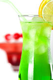 тропическое коктеилов зеленое красное Стоковое фото RF