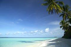 Тропическое перемещение пляжа острова и песка экзотическое Стоковая Фотография