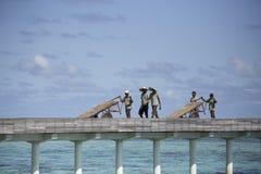 Тропическое перемещение пляжа острова и песка экзотическое Стоковые Фото