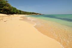 тропическое пляжа идилличное Стоковая Фотография RF
