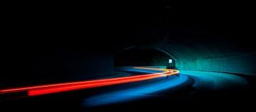 Тропки света автомобиля Стоковые Изображения