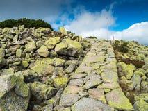 Тропы горы в Krkonose или гигантских горах Стоковое Фото