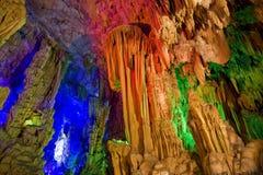 тростник guilin guangxi каннелюры подземелья Стоковые Фото