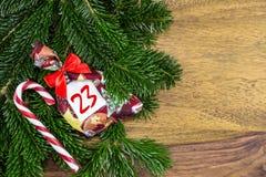 Тросточка сумки и конфеты рождества Стоковое фото RF