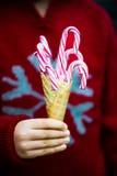 Тросточки конфеты в конусе Waffle мороженого Стоковое Изображение RF
