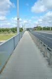 Тротуар на мосте Стоковые Фотографии RF