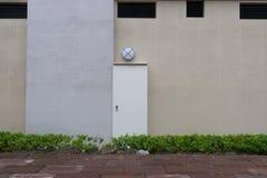 Тротуар стеной улицы Стоковая Фотография RF