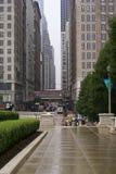 Тротуар улицы зданий Чикаго Стоковое фото RF
