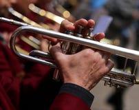трубач во время внешней выставки духового оркестра Стоковая Фотография