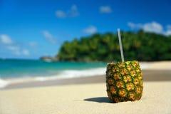 труба pina colada пляжа стоковое фото rf