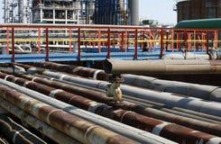 трубопровода фабрики заржавели стоковые изображения rf