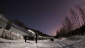 Трубопровод Аляски на полночи в Фэрбенксе стоковые изображения