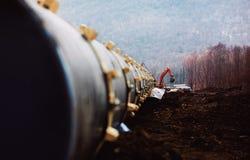 Трубы газопровода, конструкции и класть трубопроводов для транспорта газа и масла Стоковые Фото