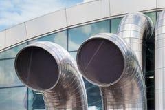 Трубы нержавеющей стали Трубопроводы обменом воздуха, подземная стройка стоковое изображение rf