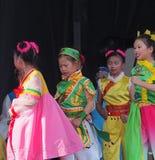 Труппа танца китайских детей Стоковые Фото