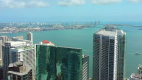 Трутень видео- Майами Brickell города воздушный сток-видео