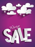 Трудная продажа зимы скидки с облаками и Snowflak Стоковое фото RF