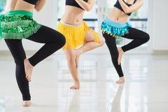 Трудолюбивые исполнительницы танца живота Стоковые Изображения