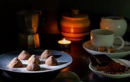 трюфеля шоколада домодельные стоковые фото