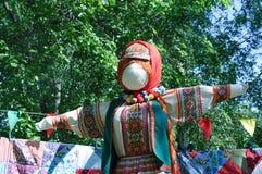 Тряпичная кукла на русском стоковое фото rf