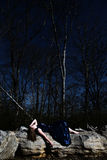 трясет детенышей женщины Стоковое фото RF