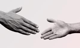 Трясите руки изолированные на предпосылке Стоковая Фотография RF