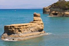 Тряхните в море в Sidari на Корфу Стоковые Изображения