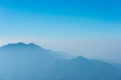 туманнейшие горы Стоковое Изображение RF
