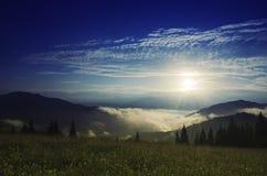 Туманнейший ландшафт утра Стоковое Изображение RF