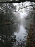 Туманное утро канала Стоковая Фотография RF