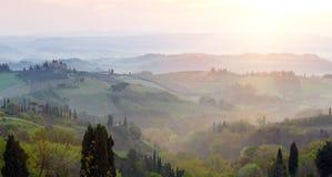 Туманное утро на Toscana Стоковое фото RF
