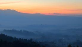 Туманное Borobudur Стоковая Фотография RF