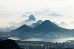 Туманные горы, Рио-де-Жанейро, Бразилия Стоковые Изображения