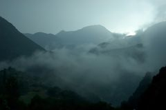 туманные горы Стоковое фото RF