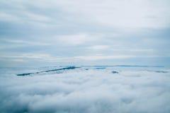 Туман моря на утрах зимы на moutain, Таиланде Стоковая Фотография