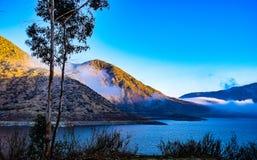 Туман над резервуаром Стоковое Фото